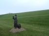 Vrouw met kind op de dijk - Lytshuis Zilver