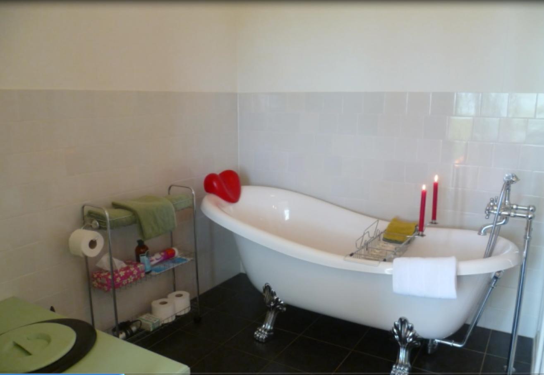 Potershok lytshuis zilver - Kamer van rustieke chic badkamer ...